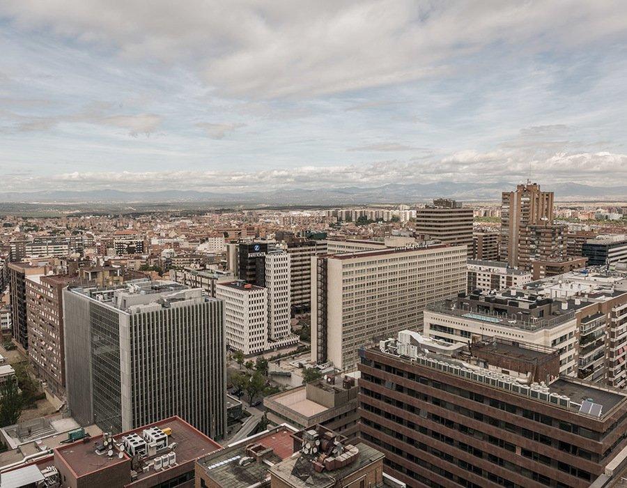 Edificio Cuzco IV Oficinas Vistas Madrid Montanas